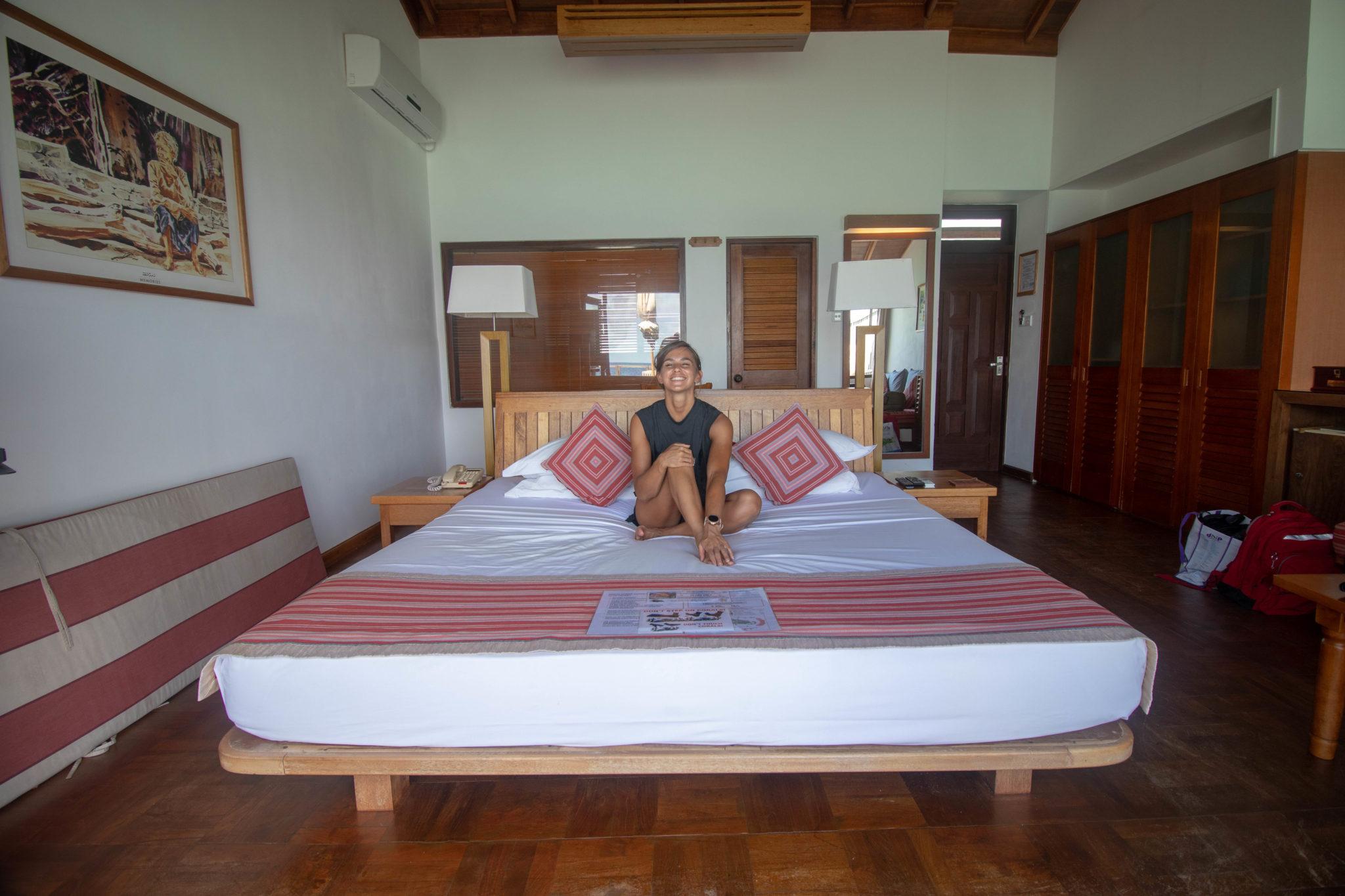 Lottie Water Villa Bed